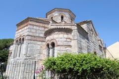 Bysantinska kyrkliga Agios Iasonas Kai Sosipatros i Korfu stadker Royaltyfri Foto