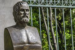 Byst av den tragiska poeten Euripides royaltyfria foton