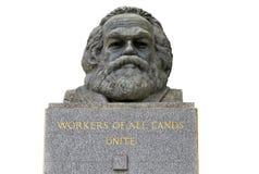 Byst av Karl Marx i den Highgate kyrkogården arkivfoton
