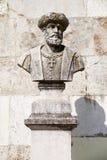 Byst av Vasco da Gama i Sanen Pedro de Alcantara Garden Lisb Arkivfoto
