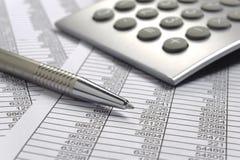 Cálculo de negocio de las finanzas imagen de archivo libre de regalías