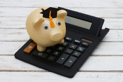 Cálculo de sus costes de educación Fotografía de archivo
