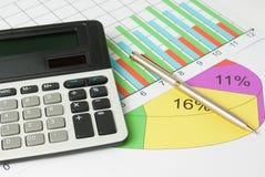 Cálculo e análise dos gráficos Fotos de Stock Royalty Free