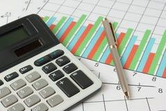Cálculo y análisis de gráficos Foto de archivo libre de regalías