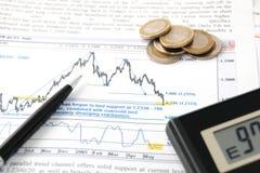 Cálculos financieros fotos de archivo