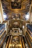 Cámara acorazada del ¹ e Maria Church, Jesús y Maria de Gesà Ventanas viejas hermosas en Roma (Italia) Imagen de archivo libre de regalías