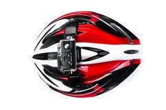 cámara de la acción fijada en casco de la bici Imagen de archivo