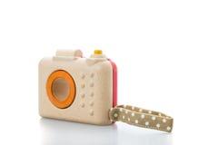 cámara de madera del juguete en el fondo blanco fotos de archivo libres de regalías