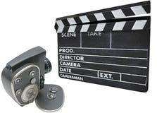 Cámara de película y clapperboard viejos Imágenes de archivo libres de regalías