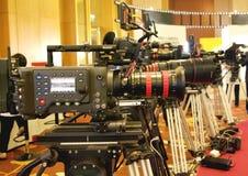 Cámara de televisión de difusión para el tiroteo video profesional foto de archivo