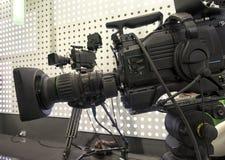 Cámara de televisión en el pabellón de la demostración viva fotos de archivo libres de regalías