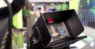 Cámara de televisión en el pabellón de la demostración viva fotografía de archivo libre de regalías