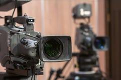 Cámara de televisión profesional Imágenes de archivo libres de regalías