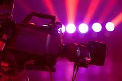 Cámara de vídeo digital del estudio profesional de la TV Foto de archivo libre de regalías
