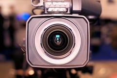 Cámara de vídeo para los profesionales fotos de archivo