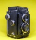 Cámara gemela vieja de la lente Fotos de archivo libres de regalías