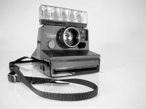 Cámara instantánea polaroid Imágenes de archivo libres de regalías