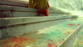 Cámara lenta del festival de Holi almacen de video