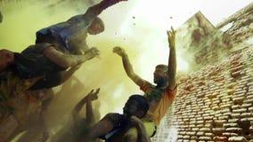 Cámara lenta del festival de Holi almacen de metraje de vídeo