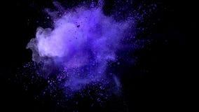 Cámara lenta estupenda de la explosión coloreada del polvo metrajes
