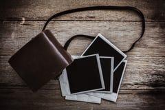 Cámara polaroid de la película del vintage Imágenes de archivo libres de regalías