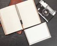 Cámara y foto del vintage Imágenes de archivo libres de regalías