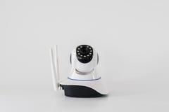 Cámaras CCTV inalámbricas sobre el fondo blanco Fotografía de archivo