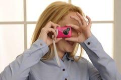 Cámaras digitales rosadas del juguete Fotos de archivo