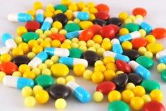 Cápsulas de la vitamina de la píldora Foto de archivo libre de regalías