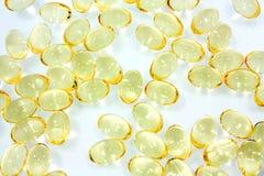 Cápsulas del aceite de pescado Foto de archivo libre de regalías