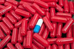 Cápsulas vermelhas Fotografia de Stock