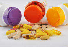Cápsulas y tabletas de la medicina Fotografía de archivo libre de regalías