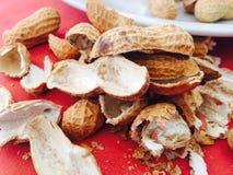 Cáscara de los cacahuetes imagen de archivo