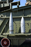 cáscaras 305-milímetro para la instalación ferroviaria pesadísima de la artillería TM-3-12 St Petersburg Imagen de archivo