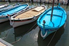 Cássis azul dos barcos fotografia de stock royalty free