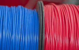 Câble électrique isolé photographie stock libre de droits