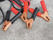 Câble de pullover de batterie de voiture Images stock