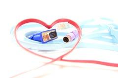 Câble en forme de coeur rouge de réseau Image libre de droits