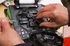 Câble optique de épissure de fibre de fusion - Photos libres de droits