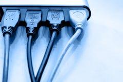 Câbles d'USB au pivot Images stock