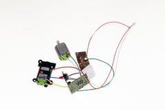 Câbles, moteurs de jouet et circuits image libre de droits