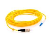 câbles optiques jaunes de fibre image stock