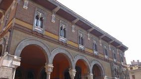Câmara de Mantua das matrizes de comércio em uma construção antiga vídeos de arquivo
