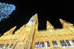 Câmara municipal em Viena no tempo do Natal Imagens de Stock Royalty Free
