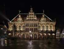 Câmara municipal histórica em Brema, Alemanha na noite Fotos de Stock