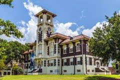 Câmara municipal histórica famosa no lago foto de stock