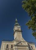 Câmara municipal na cidade de Kezmarok Eslováquia imagens de stock royalty free
