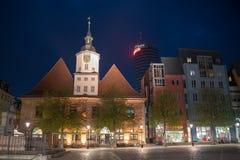Câmara municipal no mercado histórico em Jena na noite fotografia de stock