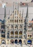 A câmara municipal nova é uma câmara municipal na parte nortenha de Marienplatz em Munich Fotos de Stock Royalty Free