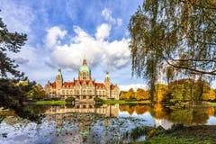 A câmara municipal nova da cidade de Hannover imagem de stock